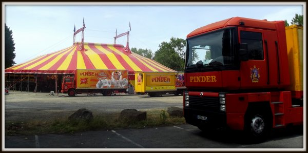 Arrivée du cirque Pinder à Saint gilles croix de vie août 2017 (11)