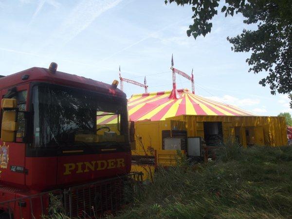 Arrivée du cirque Pinder à Saint gilles croix de vie août 2017 (12)