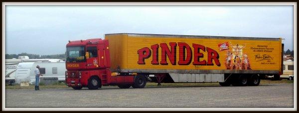 Afficheur cirque Pinder Sables d'Olonnes août 2017 (2)