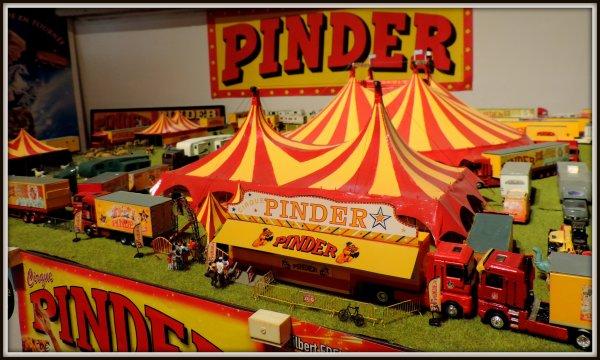 Maquette 1/87 cirque Pinder et claudio ZAVATTA 2017
