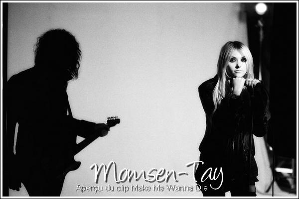 .C'est qu'elle parle beaucoup la Momsen... .