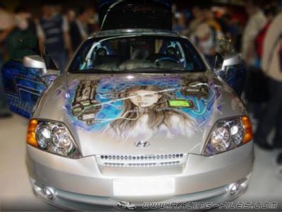une belle honda avec un jolie dessin sur la capote de la voiture les belle voiture de tuning. Black Bedroom Furniture Sets. Home Design Ideas