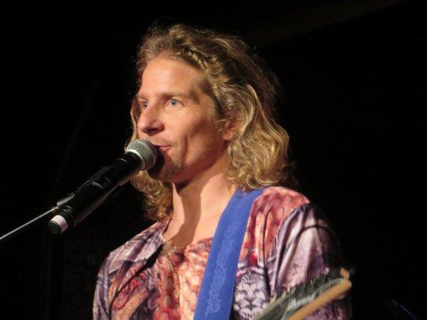 Gwendal en concert au nez rouge part 6