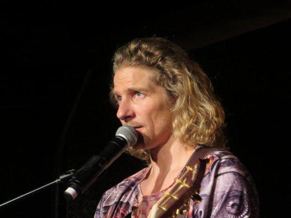 Gwendal en concert au nez rouge part 9