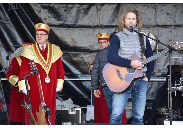 Gwendal en concert pour la st Vincent tournante part1