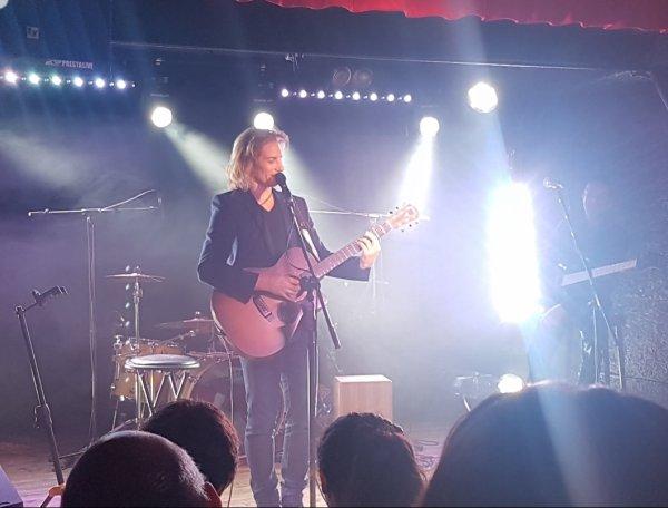 Gwendal en concert au nez rouge part 1 du 1/12/18