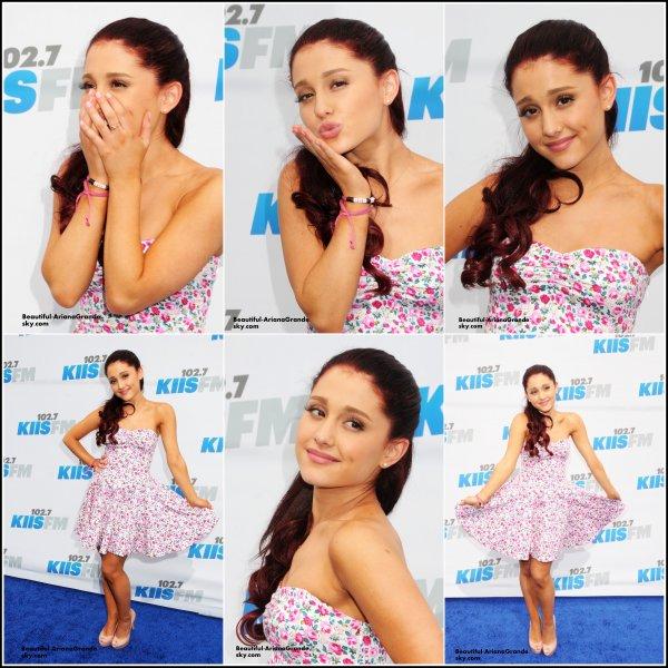 Le 12 mai, Ariana était au Wango Tango 2012