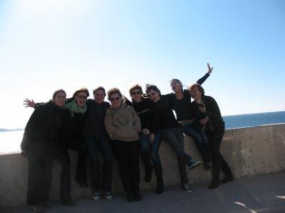 une belle photo de groupe à Marseille