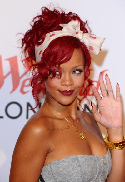 RIHANNA SUFRIO BULLYING EN SU EPOCA ESCOLAR