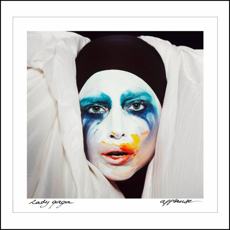 LADY GAGA ♫ APPLAUSE ♫