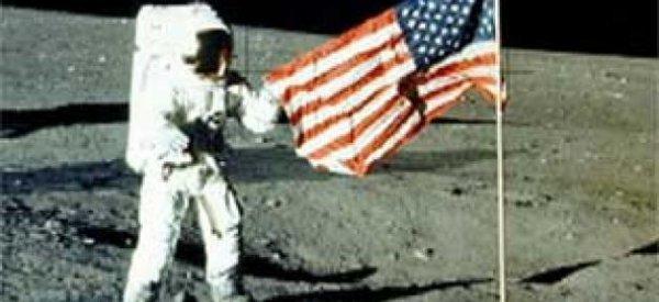 Neil Armstrong, le premier homme qui a marché sur la lune est mort