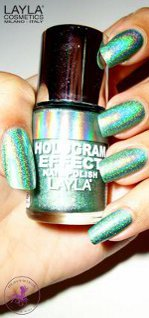 HOLOGRAM EFFECT  de LAYLA COSMETICS by ROSMERY NAILS Beauty & Cosmetics