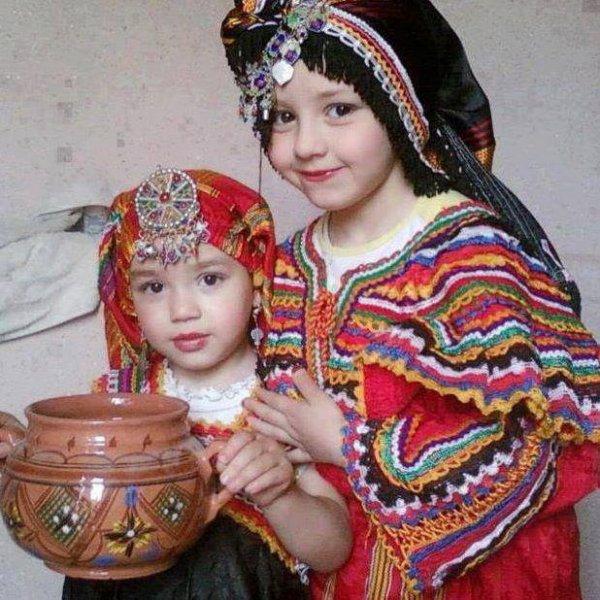 les plus belles filles de monde (thiqbayliyin)
