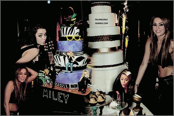 Joyeux anniversaire à Miley qui a 20ans aujourd'hui ♥♥