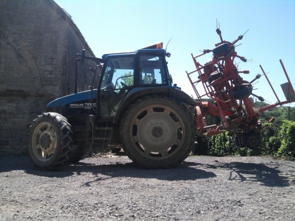 pirouettage+new holland ts100