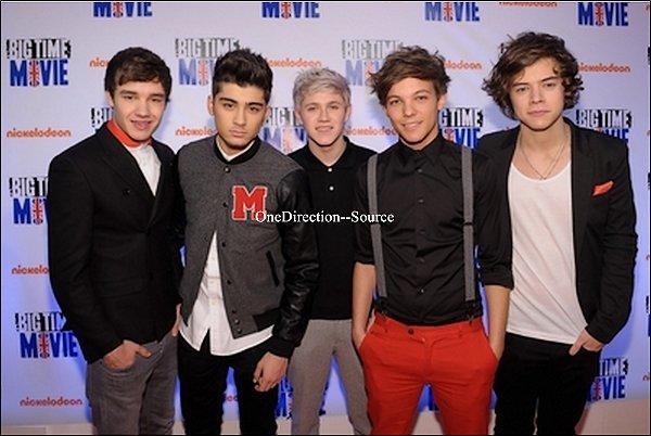 """• Le 08 mars : Le groupe étaient  à l'avant  première  de  """"Big Time Movie """"."""