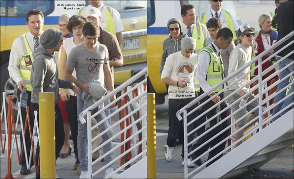 • 17 Avril:  - Les garçons  à l'aéroport de Melbourne.
