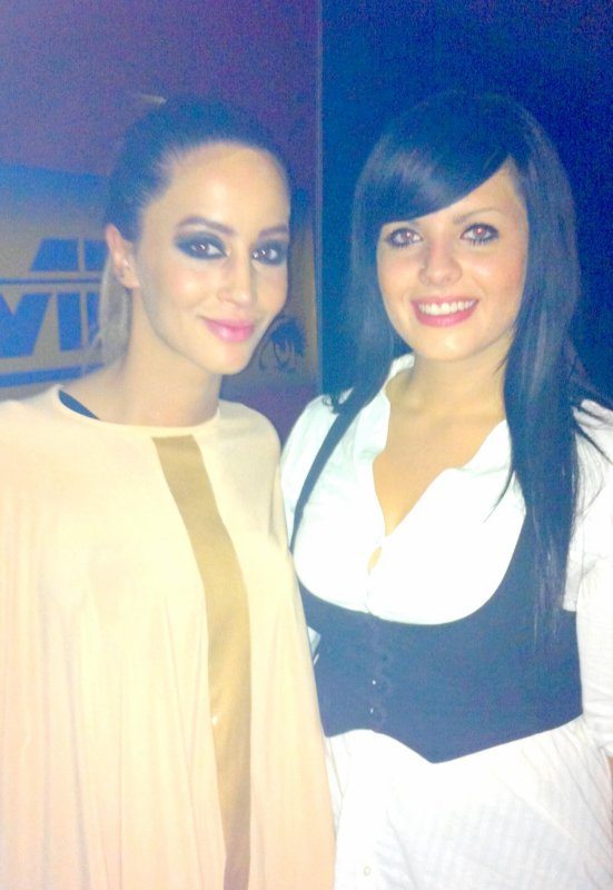 Dafina Zeqiri ne Insomnia Disco Club 15.10.2011