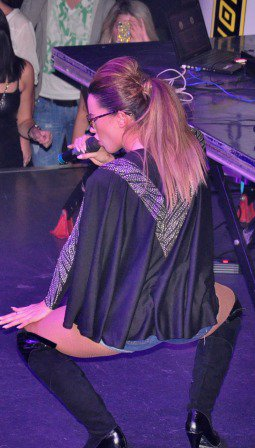 Dafina Zeqiri ne Rinora4 me 14.10.2011