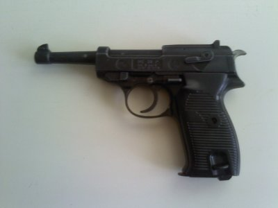 Mon Walther P38