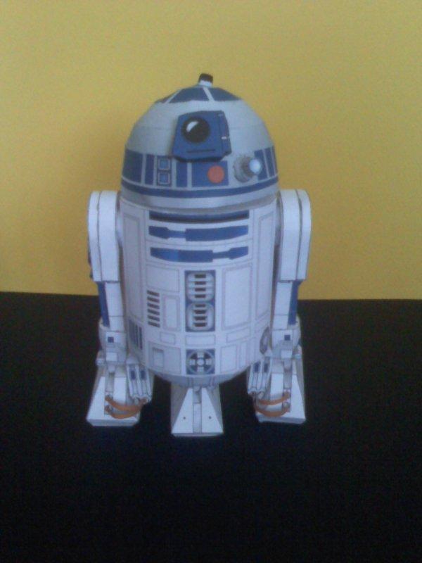 Maquette en papier - R2D2