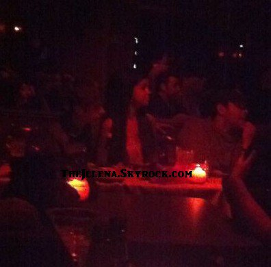 - - Justin et Selena au concert d'Ernie Halter - -