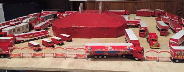 Le cirque maden a pris place sur son terrain pour les représentation de Noël