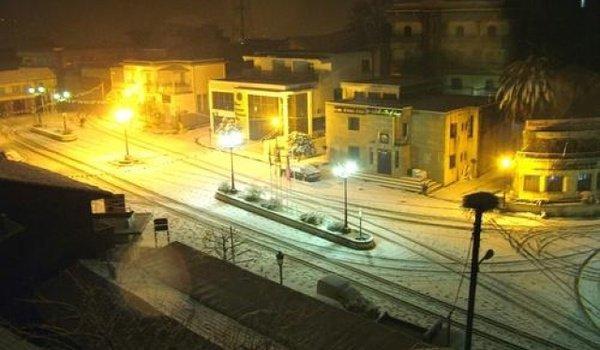 EL MILIA sous la neige.