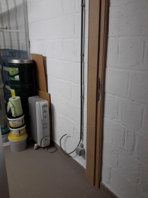 Porte + prise pour chauffage installer !!!