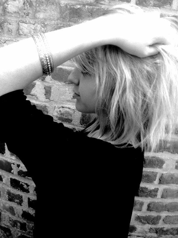 Faut souffrir pour être belle ; alors avec tout ce que j'ai vecu, je devrais être top model
