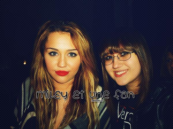 16 / 11 / 10 Un photo nouvelle de Miley Cirus et une de ses fans viens de faire apparition ! Le Make up de Miley est magnifique <3, et ses cheveux sont sublimes ! $) Qu'en pense tu ? : )