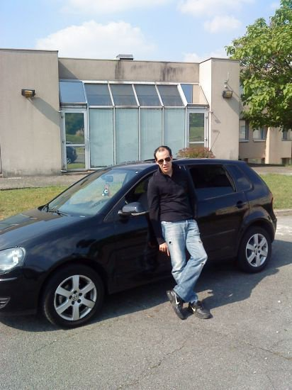 moi avec ma voiture