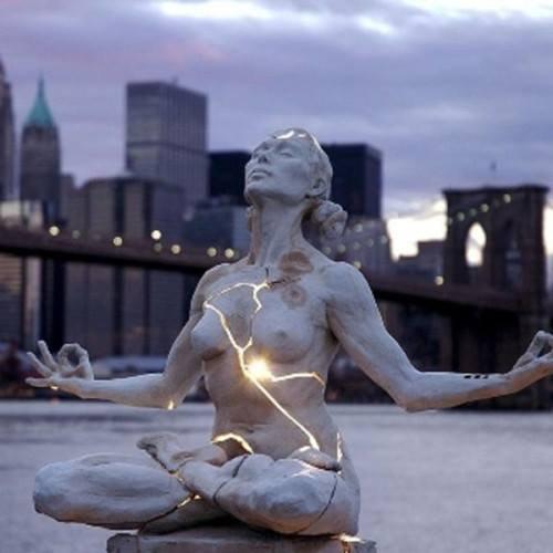 Discussion sur la normalité... mais surtout sur l'ouverture de soi au regard le plus profond.
