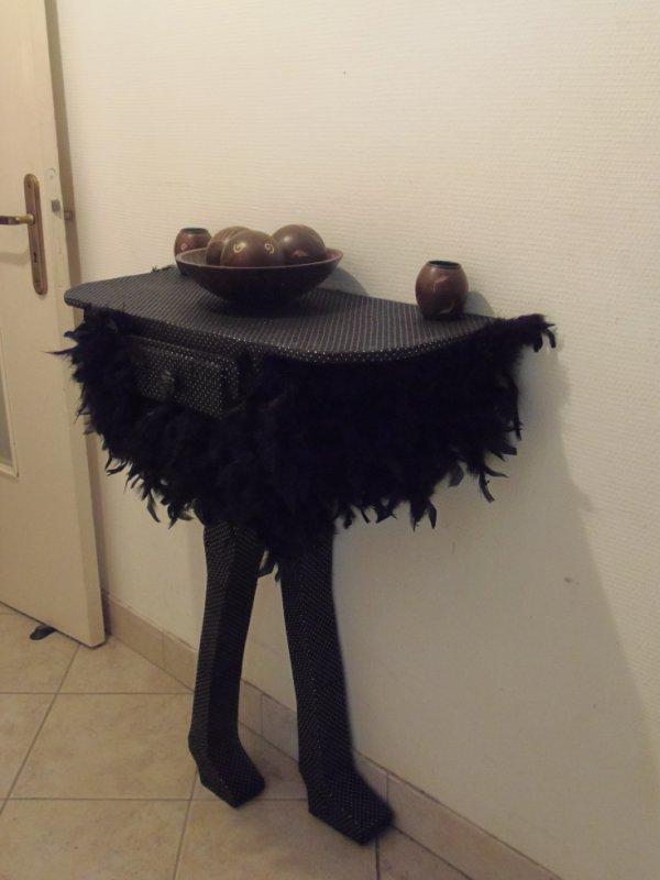 Voici mon autruche paré de ses plumes.