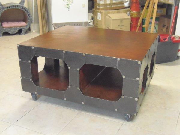 Ma table basse TERMINUS c'est un modèle du catalogue Maison du Monde.