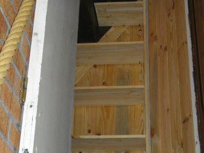etagere sous escalier en court blogue de maisontititne. Black Bedroom Furniture Sets. Home Design Ideas