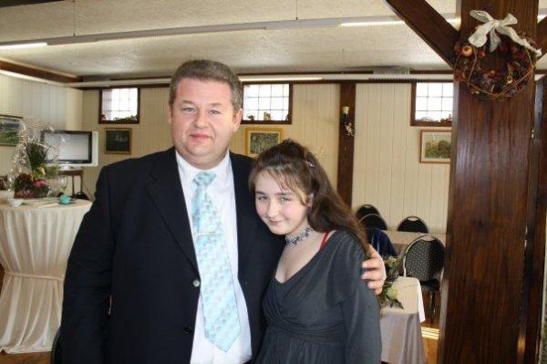 llindsay et son papa didier,le niece de ma femme et son beau frere