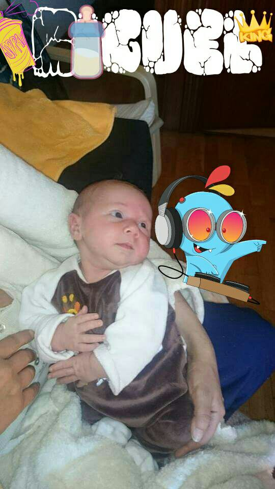 Mon neveu Miguel.  Il est un ange est The King © MK BZN