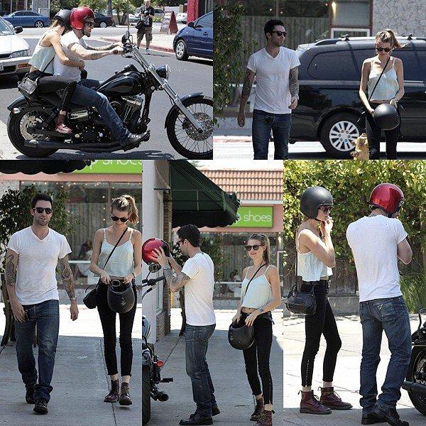 * 9 Août 2012 // Candids // Shopping en compagnie de la ptite amie à Hollywood *