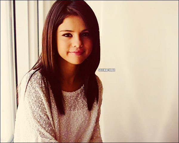. Selena Gomez ! .