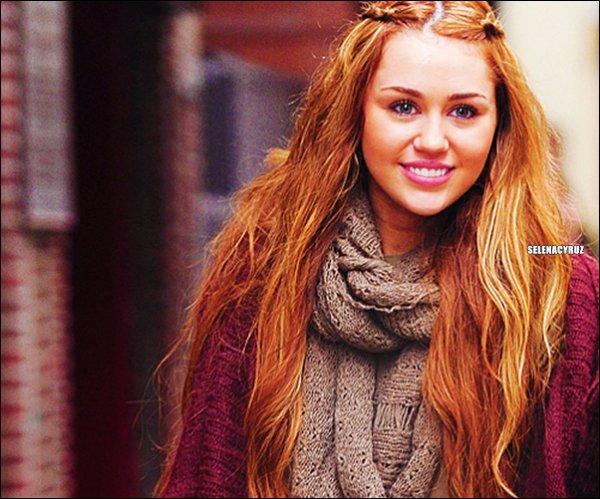 . Miley Cyrus ! .