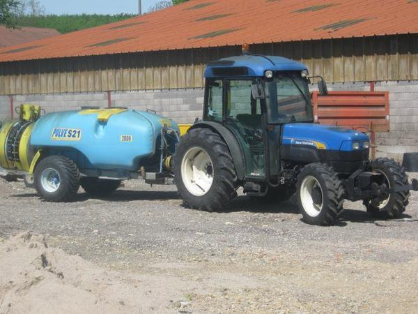 New Holland + Pulve 21