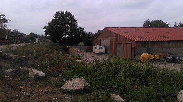 Hangar de l'exploitation arboricole Evaux et Ménil