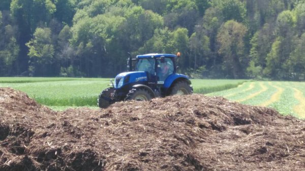 New Hollande et faucheuse kubota