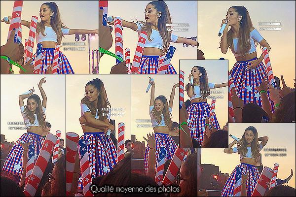 30/06/14 - Ari Grande était présente au «Macy's 4th of July Fireworks Spectacular», sur le Brooklyn Bridge. Cette partie a été enregistrée et sera diffusée le 4 juillet pour célébrer la fête de l'Indépendance des États-Unis. Ariana était dans le thème, joli top ..