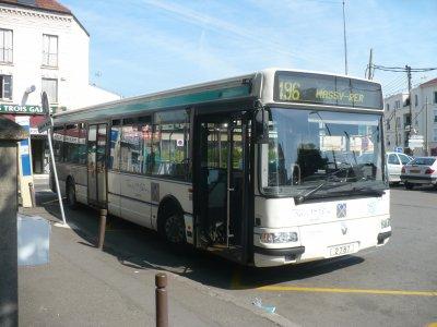 lignes 495/496 co-exploitées par la ratp et transdev évolution des véhicules