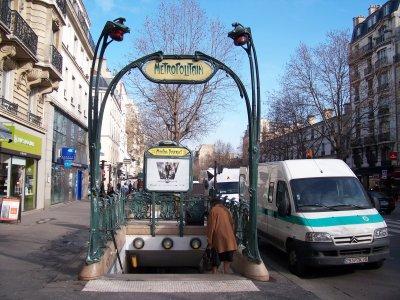 métro paris entrées guimard
