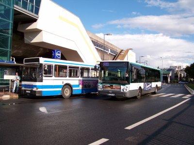 association Bus Parisiens sortie du 23/07/2011 avec l'SC10R N°3860 ex RATP 2