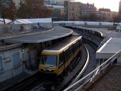 RATP MP05 et MP89CC ligne 1 14/11/2011