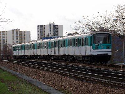 RATP MF67 et MF77 à Créteil l'Echat M8 07/12/2011
